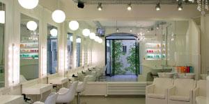 Le salon Coiffirst Marbeuf à Paris
